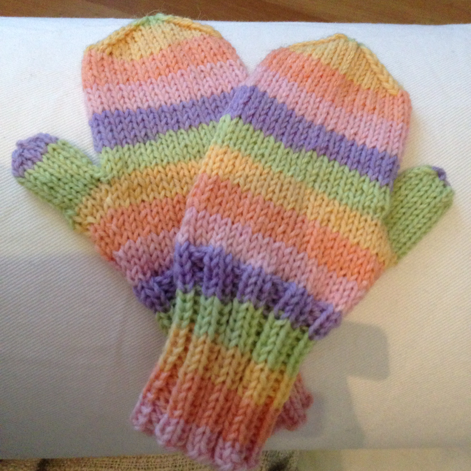 Auttakaa, miten lapsen kädet lämpiminä ulkona kovalla pakkasella?