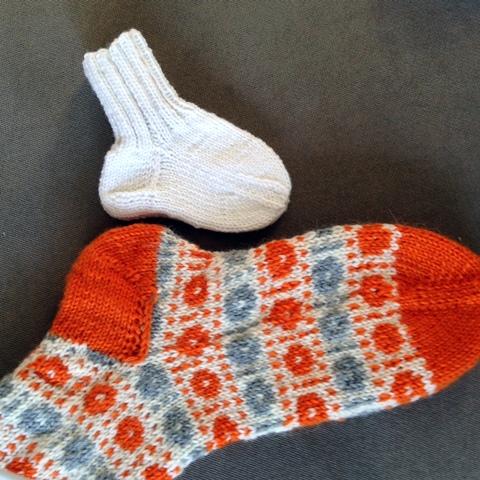 Vauvan myssy ja sukat